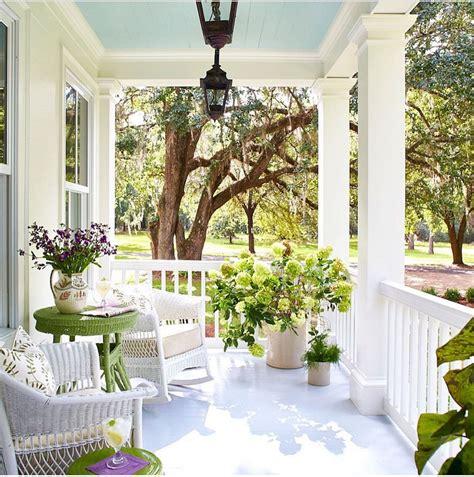 gorgeous farmhouse front porch design ideas freshouzcom