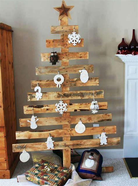 decoration en bois pour sapin de noel sapin de noel en bois fabriquer obasinc