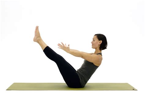 Boat Pose During Pregnancy by How To Do Boat Pose Navasana