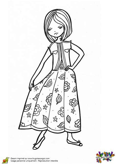 jeux gratuit pour filles de cuisine coloriage fashionista en gilet et robe a fleurs hugolescargot com