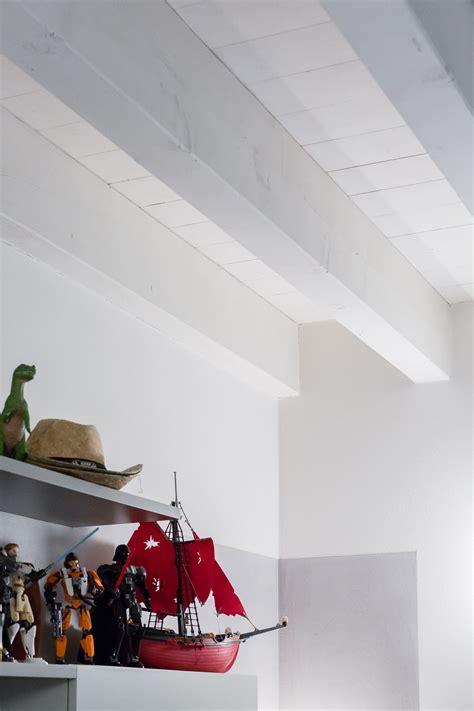 finte travi per soffitto travi in legno per soffitto finte travi in legno costo