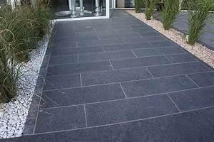 Boden Für Terrasse : naturstein terrasse modern garten landschaftsausstellung ~ Michelbontemps.com Haus und Dekorationen