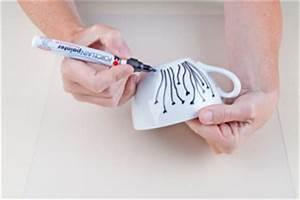 Porzellan Bemalen Anleitung : selbstgemachte geschenkideen diy bastelidee porzellan tasse bemalen basteln mit dem ~ Markanthonyermac.com Haus und Dekorationen
