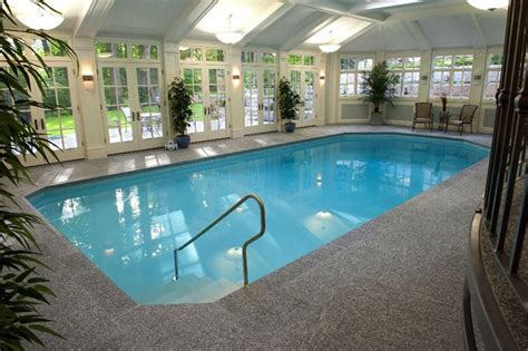 Incredible Swimming Pool Ideas For Your Bare Backyard