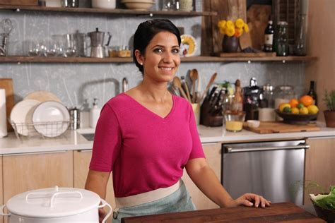 Simply Laura Season Two Of Cooking Channel Series Debuts