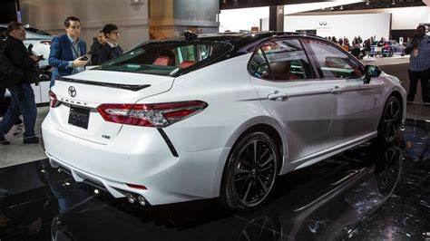 toyota camry 2019 2019 toyota camry redesign rumors release date hybrid