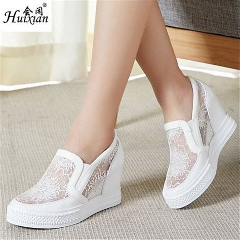 Sepatu Boots Cewek Cantik Terbaru jual sepatu sneakers wedges wanita termurah 5cm brukat