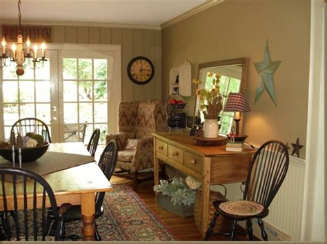 Lovely Colonial, Primitive Dining Room  Pinterest Home Decor
