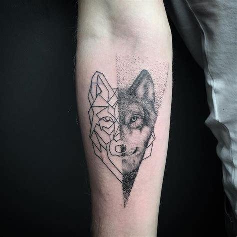 tatouage loup origami