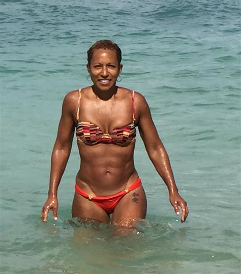 Jada Pinkett Smiths Mother Shows Off Her Hot Body In