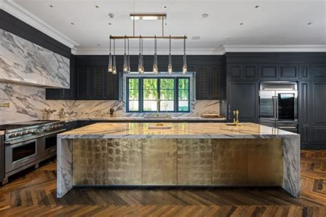 glamorous black  gold kitchen  hollywood  hgtv