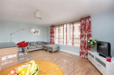 Appartments In Glasgow by Apartments In Glasgow Ingram Apartments Two Bedroom