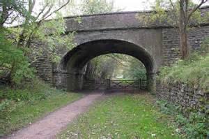 Bridge over dismantled railway © Ian Taylor :: Geograph ...