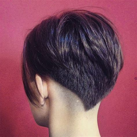 effortless chic short haircuts  thick hair styles
