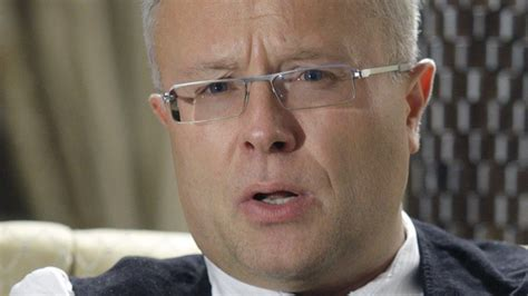 Russian tycoon Lebedev punches fellow billionaire in TV ...