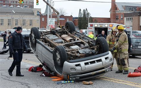2 injured in 2-vehicle accident in Erie - News - GoErie ...