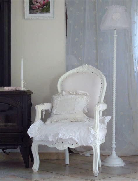 fauteuil de style ancien fauteuil style ancien inspiration shabby