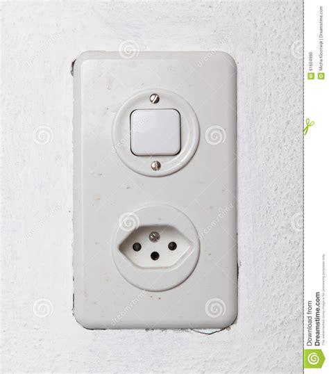 prise electrique murale reparer prise electrique murale 28 images comment reparer une prise electrique quot prise