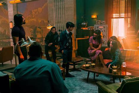 The Umbrella Academy Season 2 Trailer Premieres | Den of Geek
