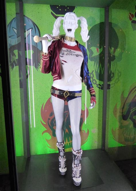 Hollywood Movie Costumes and Props Joker Harley Quinn and Deadshot Suicide Squad movie ...