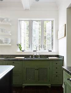 green kitchen cabinets 2204