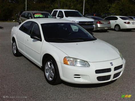 Stone White 2002 Dodge Stratus Se Plus Sedan Exterior
