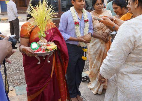 indische hochzeit feiern  indien kleidung rituale ablauf