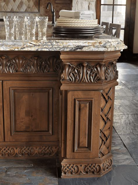 Old World Inspired Kitchen   Beck/Allen Cabinetry