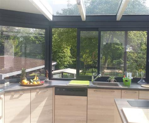cuisine dans veranda photo bien am 233 nager une cuisine dans une v 233 randa cuisine plus