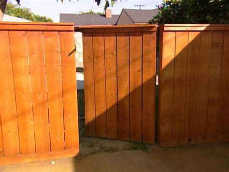 Fence - Gate : Building A Wooden Gate