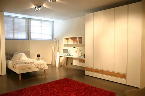camere da letto con scrivania da letto con scrivania