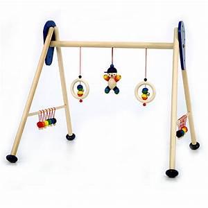Baby Gym Holz : baby gym joe aus stabilem holz von hess ~ Watch28wear.com Haus und Dekorationen