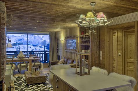 amenagement sejour cuisine rénovation appartement style montagne moderne cosy