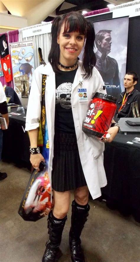 wonderful comic  costumes   cosplay