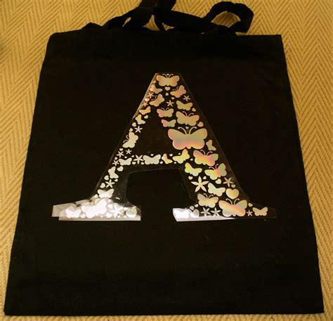 personalising  tote bag  holographic heat transfer vinyl htv monogram craftagogo