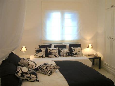 chambre blanche et noir chambre sherazade tunisie 6 photos nasttassia13