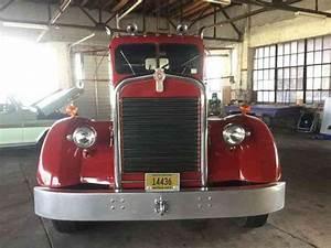 Kenworth 521  1950    Daycab Semi Trucks