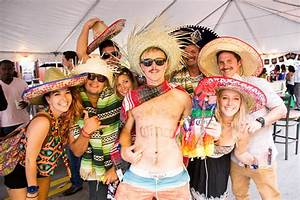 Best Ways To Celebrate Cinco de Mayo | The Official Guide ...