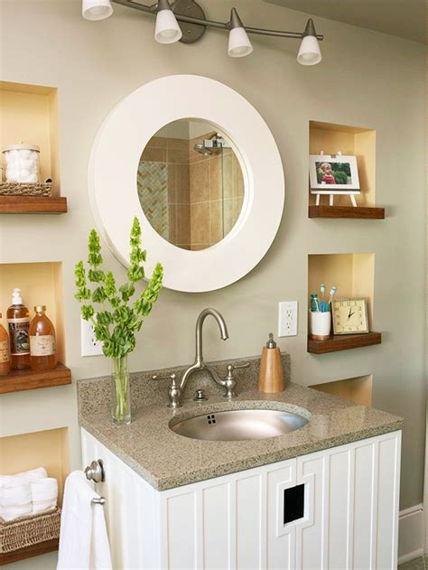 With that kind of metallic reflection, you can use wallpaper in smaller spaces without worrying about lacking light. Modern Furniture: Bathroom Decorating Design Ideas 2012 With Neutral Color