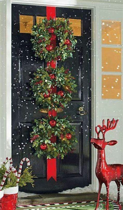 christmas doors wreaths balls images