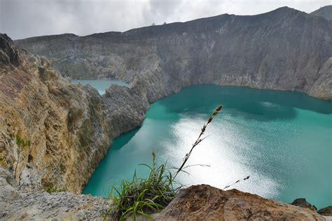 unterwegs  moni mit  zu den kraterseen des vulkan