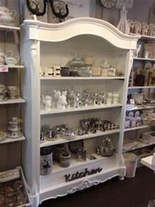 witte kast landelijk met kleine ruitjes vitrinekasten With kitchen colors with white cabinets with heb registration sticker