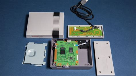 What's inside the NES Classic Edition - Polygon