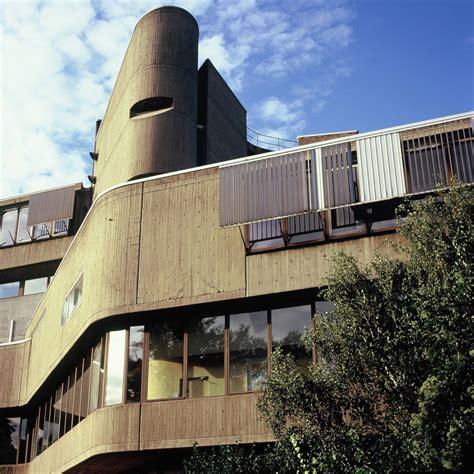 Institut Fuer Bauforschung by More Berlin Brutalism Institut F 252 R Hygiene Und