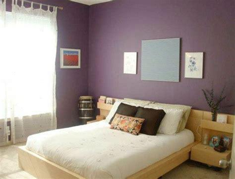 comment tapisser une chambre 80 idées d 39 intérieur pour associer la couleur prune