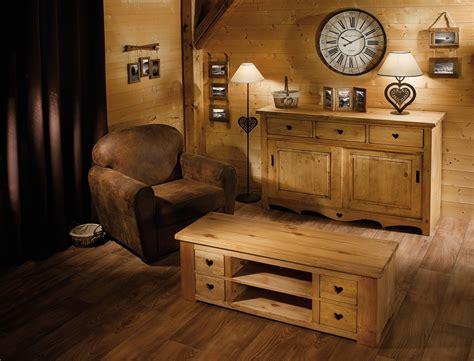 deco salon rustique chalet montagne lustre fer canape