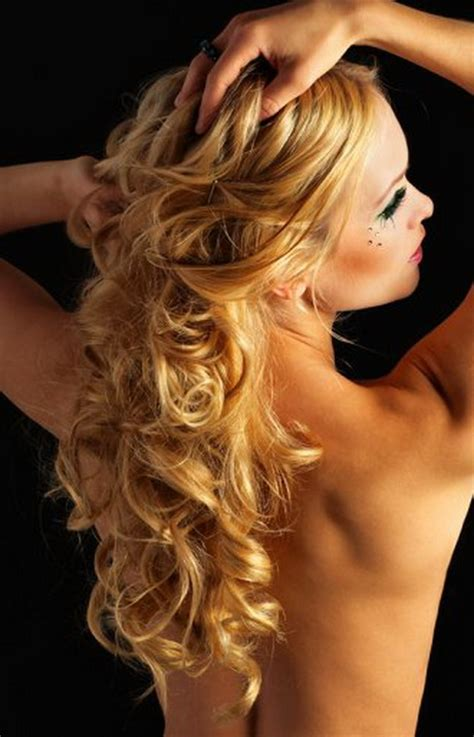 Curled Prom Hairstyles by Curly Prom Hairstyles