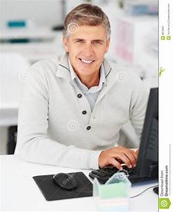 Royalty Free Stock Photography: Business man working on a ...