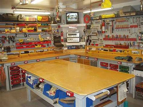 Woodworking Tools & Home Woodworking Shop Guide