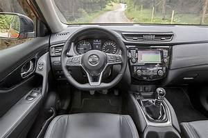 Nouveau Nissan X Trail 2017 : nissan x trail facelift 2017 fahrbericht bilder ~ Medecine-chirurgie-esthetiques.com Avis de Voitures